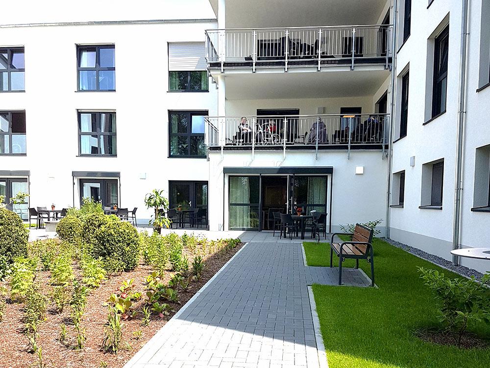 pflegeheim-buende-haus-illumina